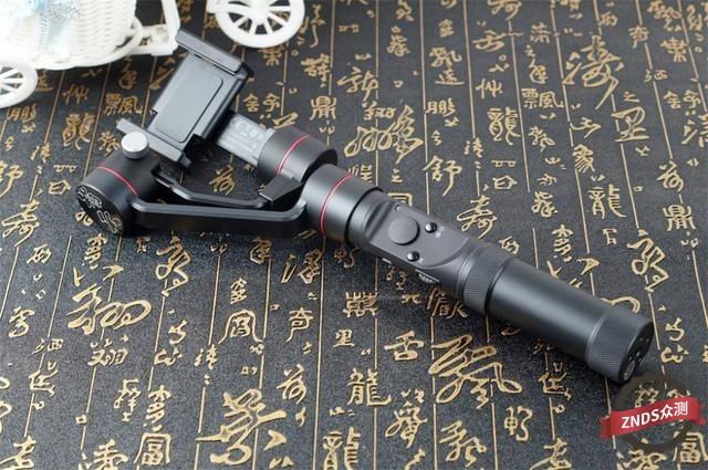 智云Smooth 3手持稳定器给你更稳定的拍摄体验